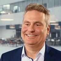 Klaus Koenig, CEO KUKA Robotics.